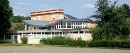 Het Vierde Wereld Onderzoeksinstituut in Baîllet en France